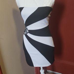 ROBERTA BLACK AND BEIGE MINI DRESS